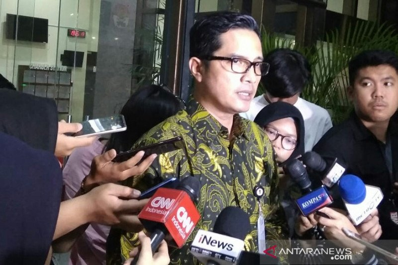 KPK telusuri aliran dana pemeriksaan eks anggota DPRD Muara Enim