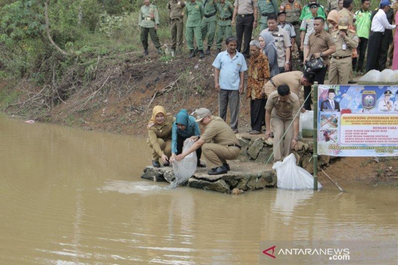 Bupati Ogan Komering Ulu  dorong masyarakat gemar makan ikan