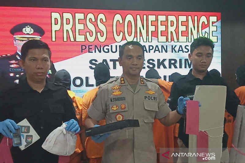 Polisi Cirebon ringkus tujuh pembobol minimarket