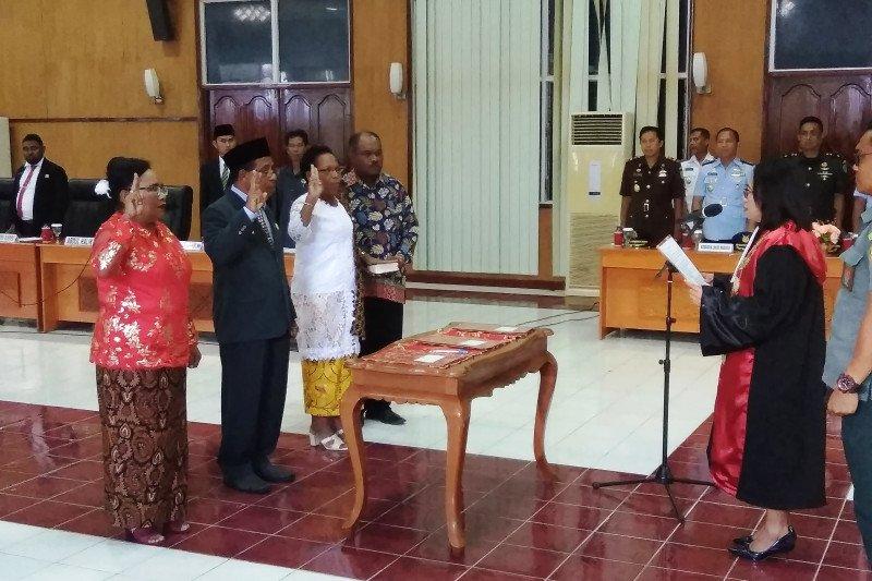 Milka Rumaropen perempuan pertama Papua jadi Ketua DPRD Biak Numfor