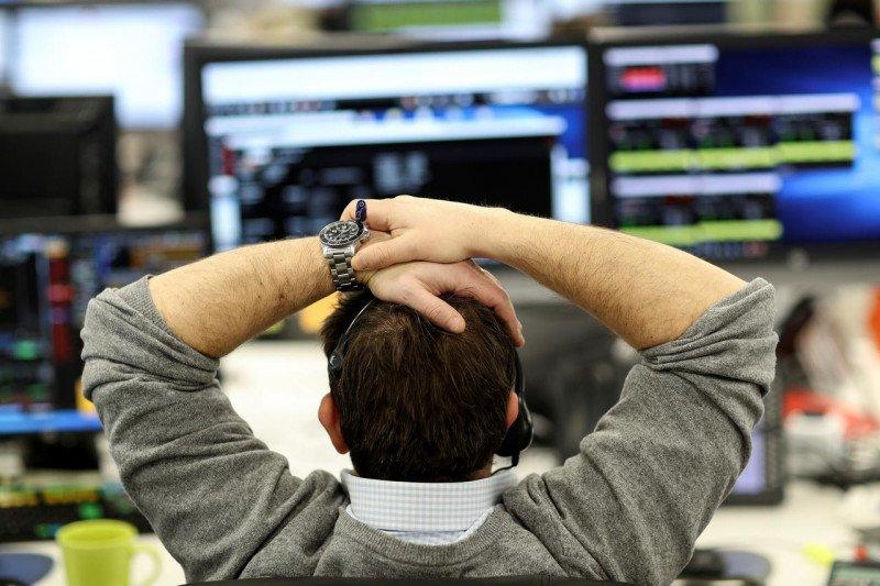 Indeks FTSE-100 Inggris ditutup turun 0,82 persen
