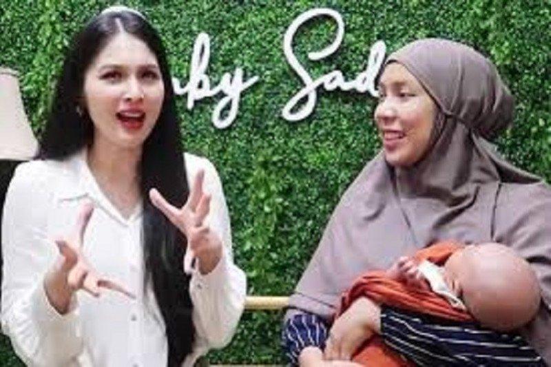 Sandra Dewi kapok beri uang THR kepada asisten rumah tangganya kebanyakan