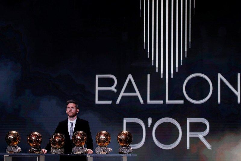 Messi akui terganggu saat Ronaldo samai rekor Ballon d'Or