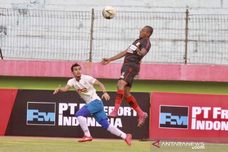 PSIS ditaklukkan Persipura 0-2