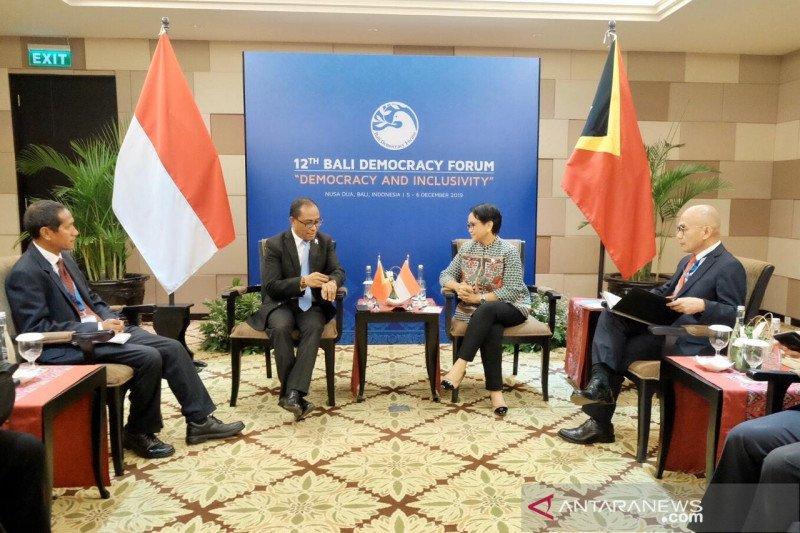 Menlu RI lakukan pertemuan bilateral dengan dua negara tetangga