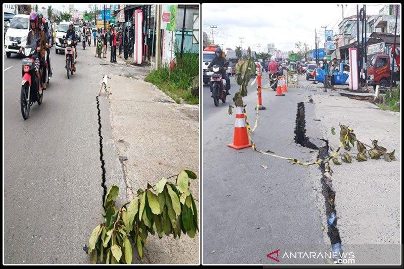Jalan nasional di Palangka Raya rusak berat, warga diminta waspada saat melintas
