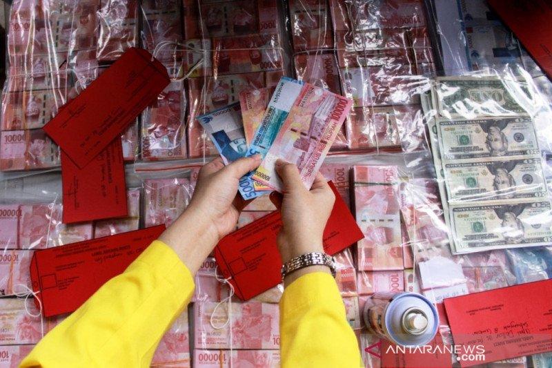 Polda Jatim mengamankan uang palsu senilai Rp633 juta