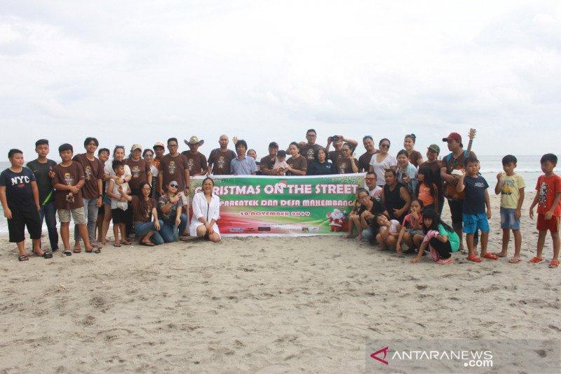 IFGF Tondano berbagi kasih di Christmas on the Street