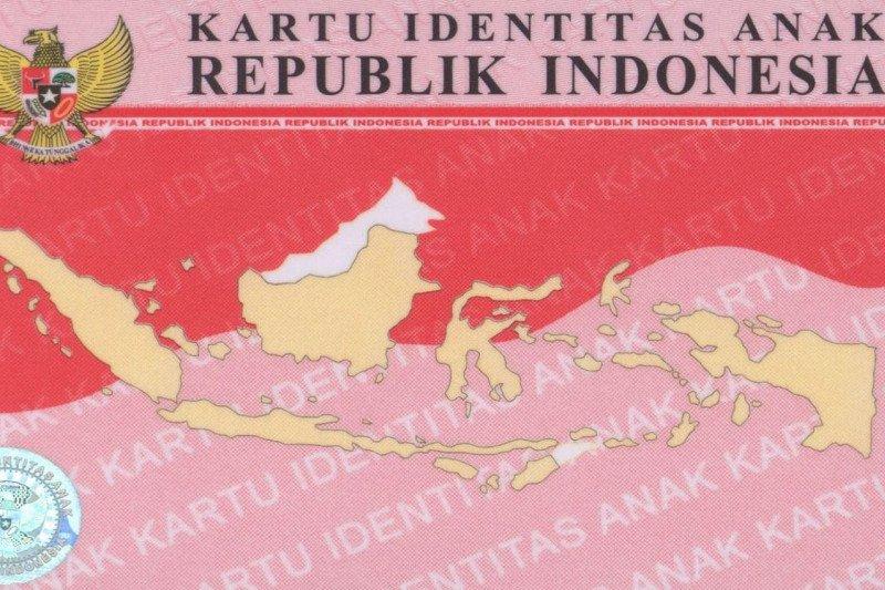 Disdukcapil Supiori telah menerbitkan 1.774 Kartu Identitas Anak