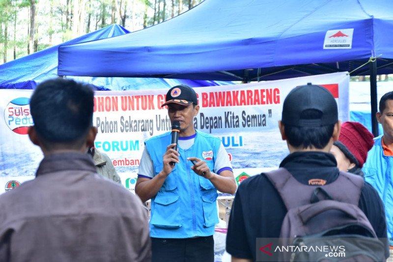 FSP bersama penggiat alam terbuka tanam pohon di Gunung Bawa Karaeng