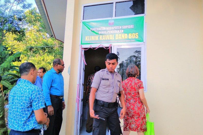 Disdik Supiori operasikan klinik kawal dana BOS untuk cegah korupsi