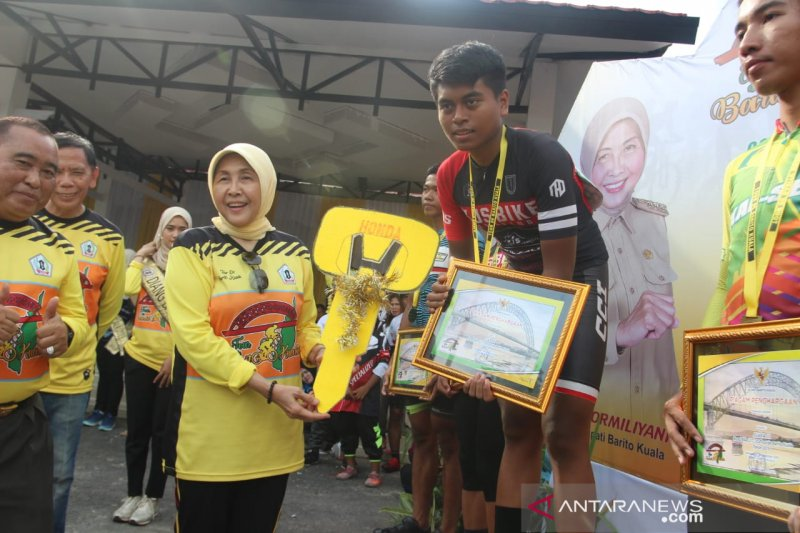 Samarinda cyclist wins Tour de Barito Kuala