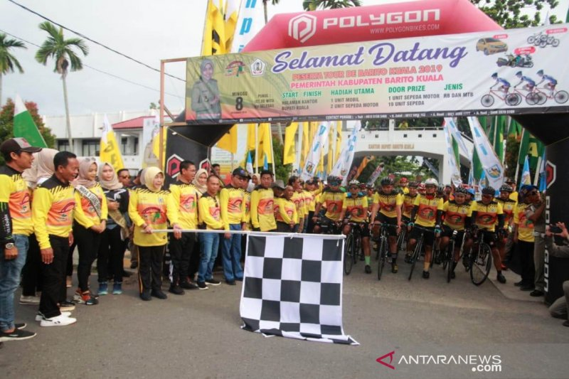 1,000 cyclists from Java, Sumatra, and Kalimantan race in Tour de Barito Kuala