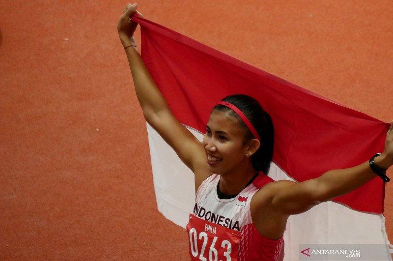 Emilia Nova berhasil rebut emas lari gawang 100m