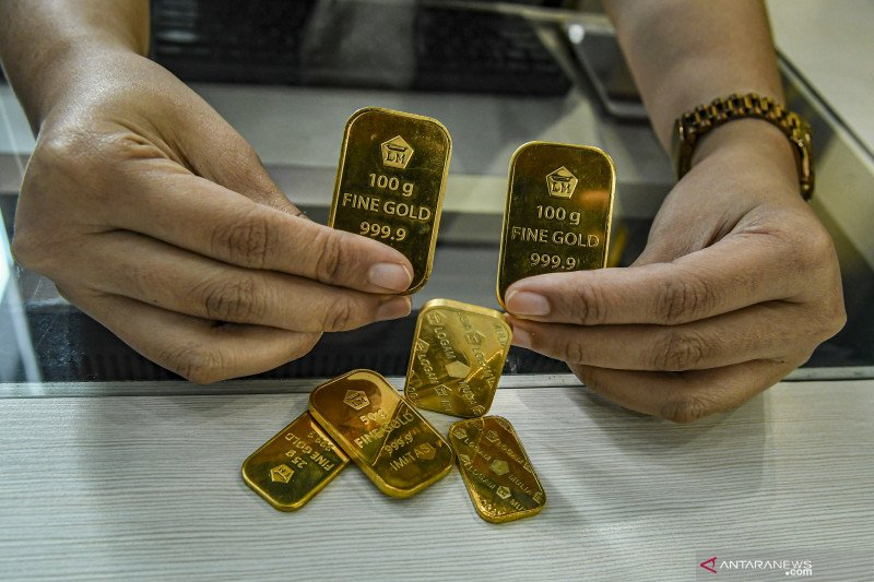 Harga emas Antam terus turun, dekati angka Rp900.000/gram