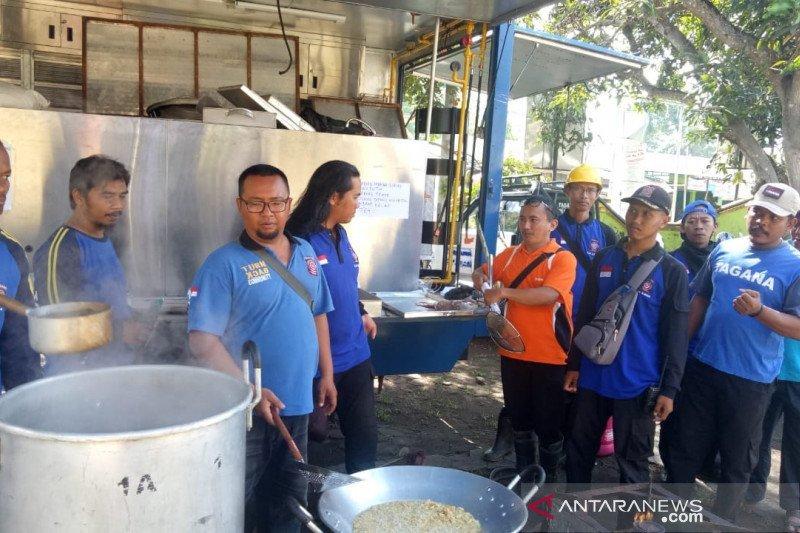 BPBD Sleman dirikan dapur umum untuk relawan bencana angin kencang