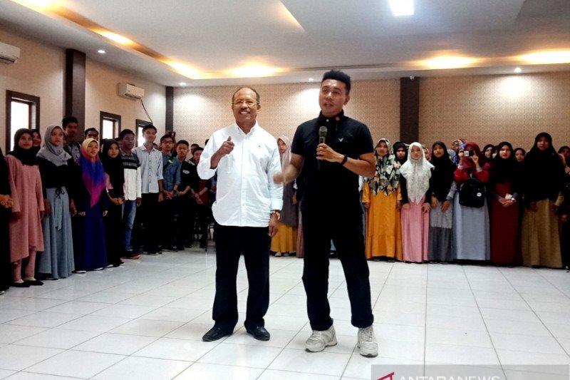 Stafsus Presiden Jokowi imbau mahasiswa Aceh perangi korupsi