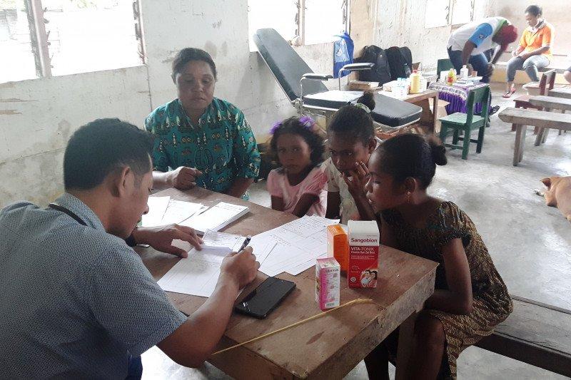 Angkasa Pura Biak Numfor gelar pengobatan gratis bagi warga Pulau Owi