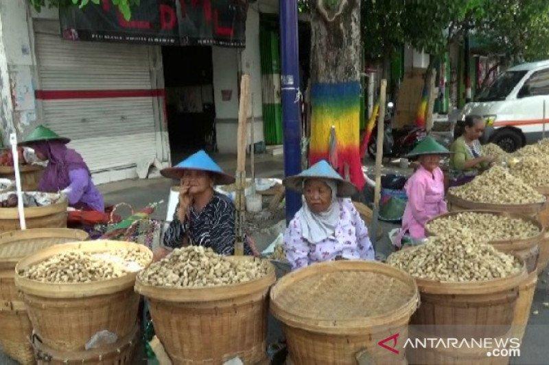 8.962 tenaga kerja informal Madiun dilindungi jaminan ketenagakerjaan