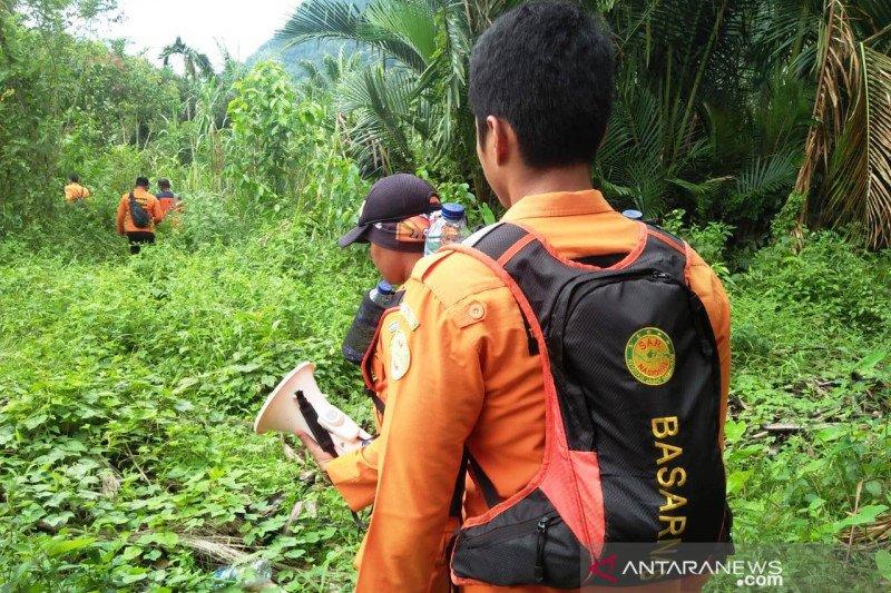 Empat hari tak ditemukan, pencarian Syafrizal warga Sungai Abu Solok yang hilang dihentikan
