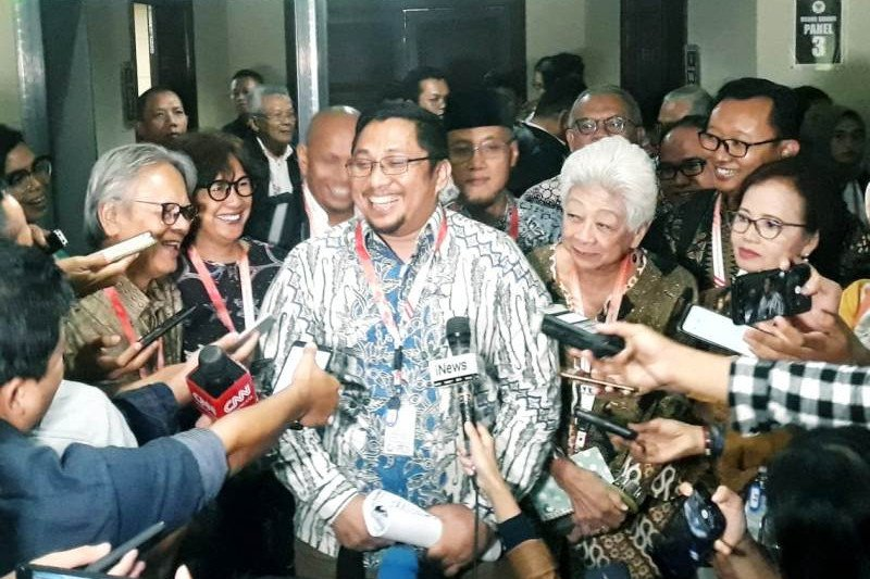 Pimpinan KPK ajukan uji formil revisi UU KPK