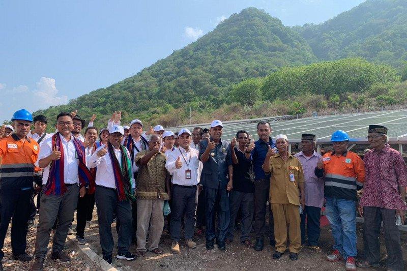 PLN NTT resmikan 3 unit PLTS untuk pulau-pulau kecil di Alor