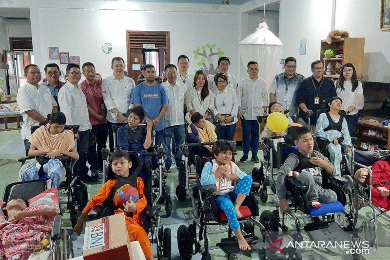 FKIJK Peduli Anak Penyandang Disabilitas di Sulawesi Utara