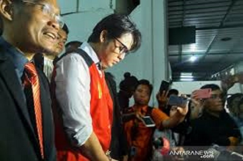 Aktor peran Kris Hatta divonis lima bulan penjara