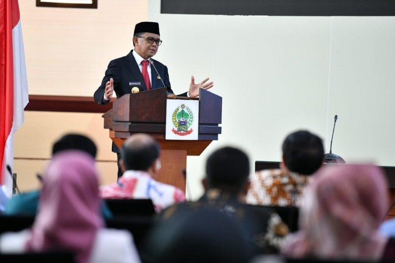 Gubernur tegaskan komitmennya permudah perizinan tumbuhkan investasi