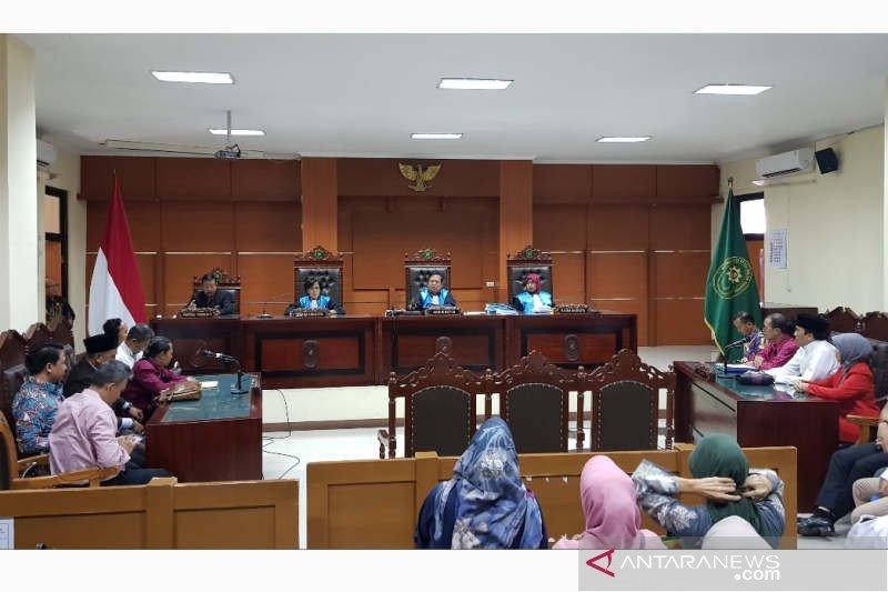 Gugatan Prof. Suteki ditolak PTUN Semarang