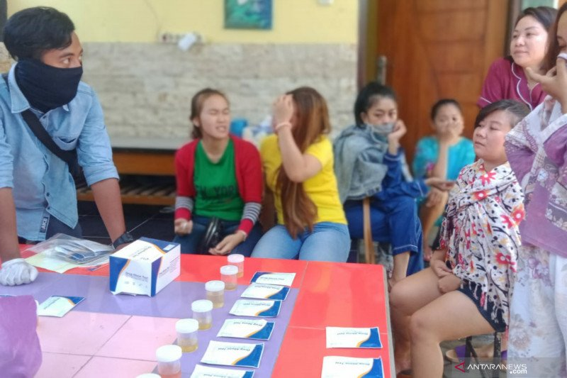 Dua penghuni indekos di Kota Mataram diangkut karena konsumsi obat penenang