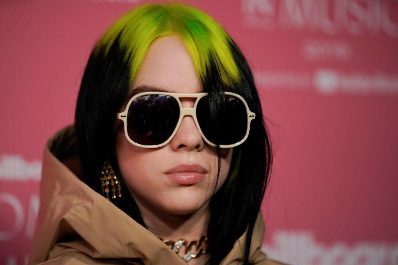 Billie Eilish: Orang tidak akan berpikir saya keren atau menarik