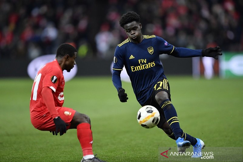 Arsenal ditahan Standard Liege  2-2