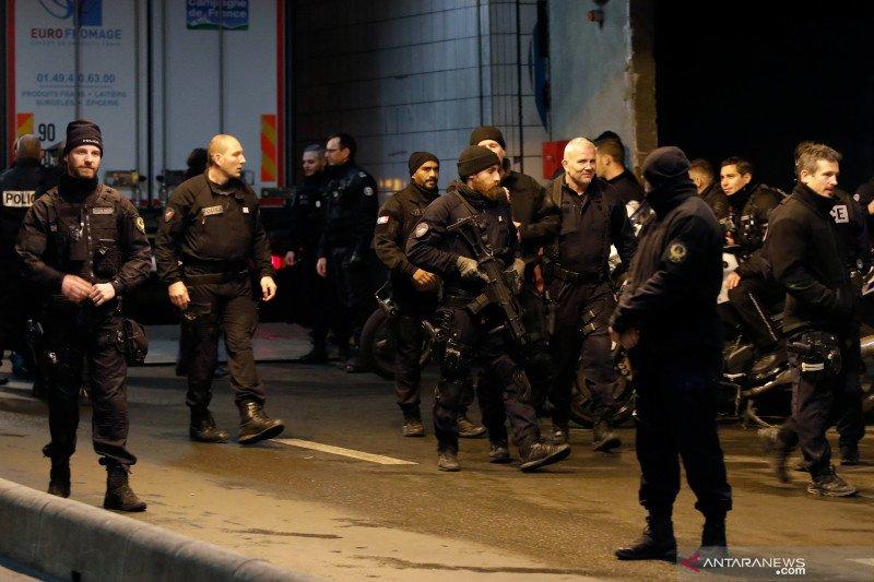 Pengawas polisi Prancis menyelidiki dugaan insiden rasis