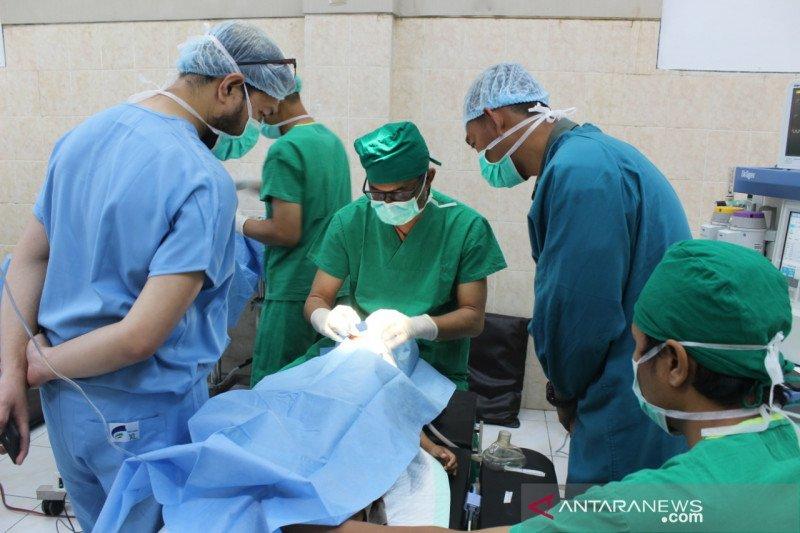 Kodim 1607/Sumbawa menggelar operasi bibir sumbing