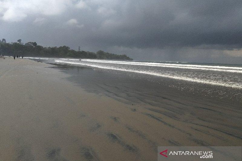 DPRD Jabar: Pemerintah harus mampu angkat potensi wisata Garut Selatan
