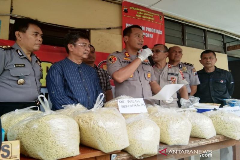 Edarkan mi berformalin, pedagang di pasar tradisional Pekalongan dibekuk polisi