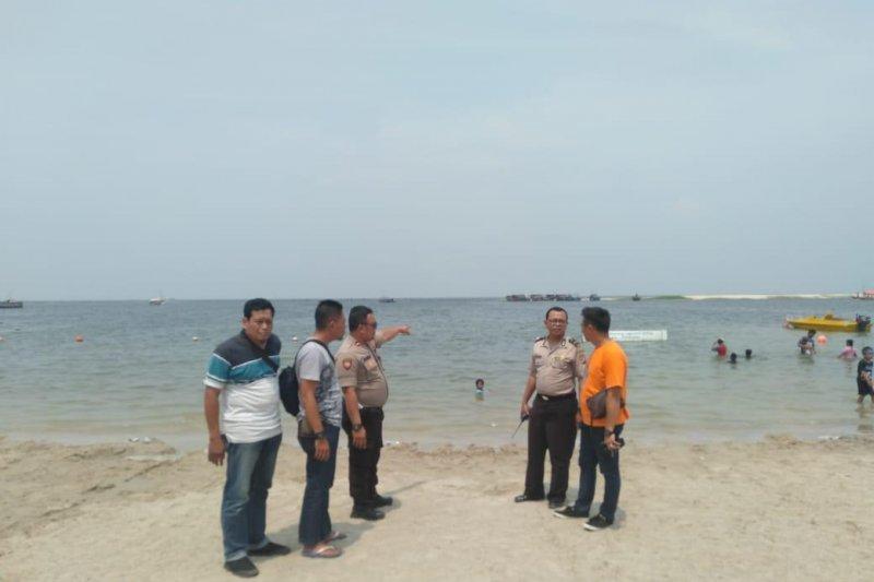 Seorang pria lansia tewas tenggelam di Pantai Ancol