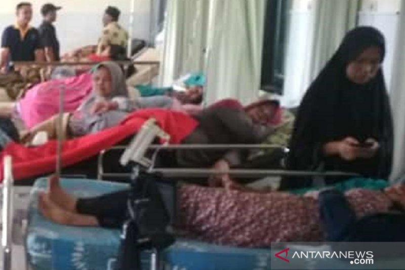 Warga korban keracunan makanan di Sukabumi bertambah jadi 83 orang