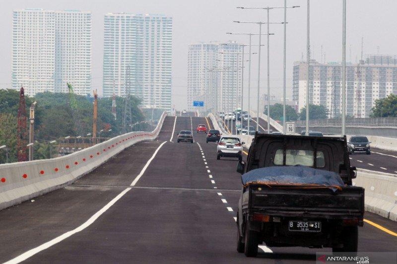 Tol layang Japek bergelombang untuk batasi kecepatan kendaraan