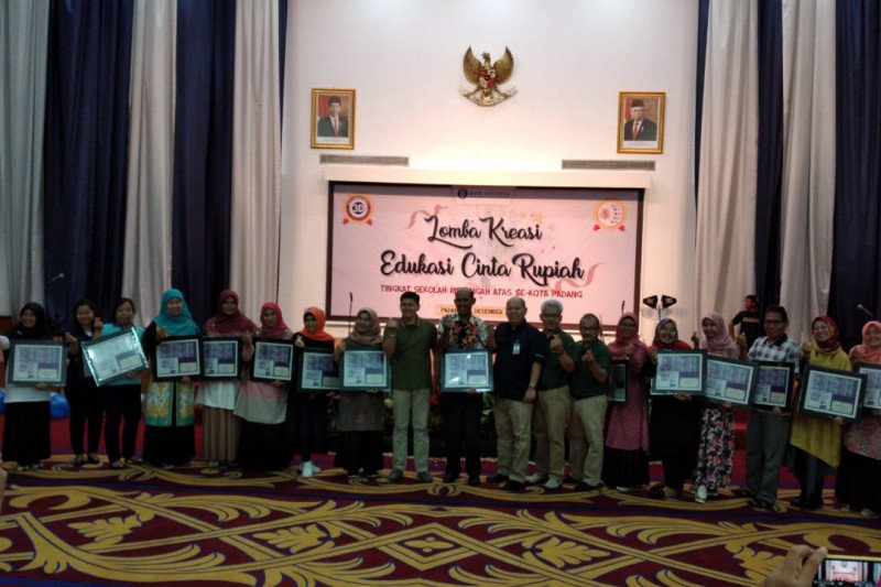 Bank Indonesia gelar lomba cinta kreasi rupiah antar pelajar SMA di Sumbar