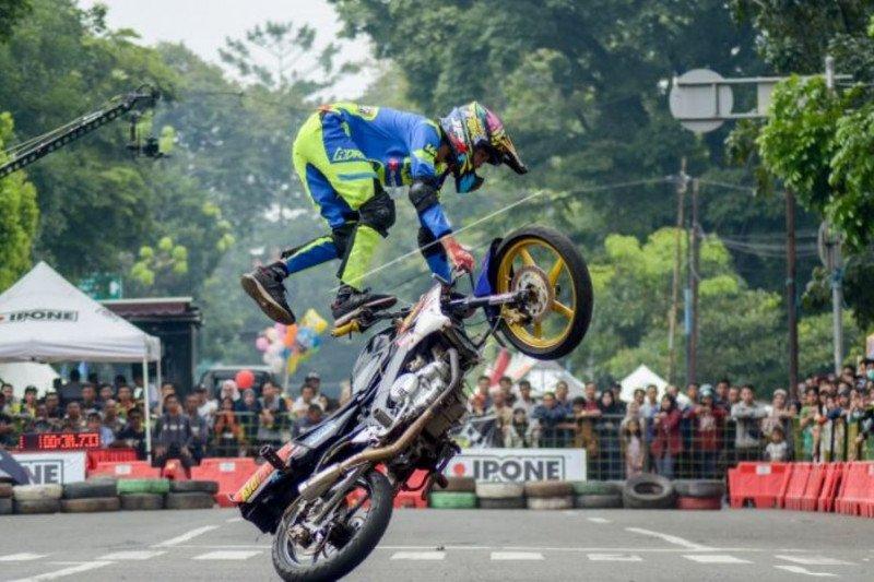 Kejuaraan atraksi motor gaya Bebas