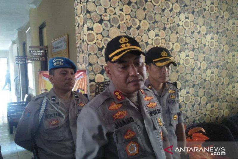 Polres Cianjur tempatkan anggota di sejumlah gereja