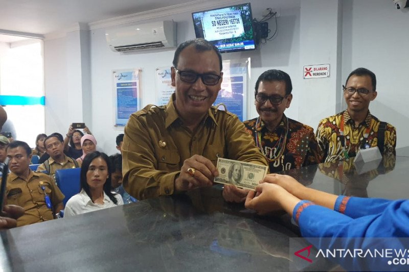 Layanan money changer Bank Nagari hadir di Mentawai