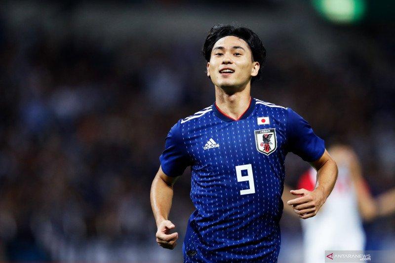 Liverpool resmi rekrut Minamino dari Salzburg