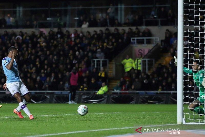 Duo Manchester dan Leicester melaju ke semifinal Piala Liga