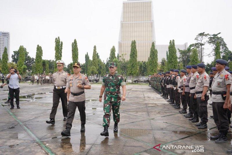1.862 TNI-Polri amankan Natal tahun baru di Riau