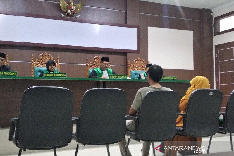 Kepala sekolah dan wakilnya divonis hukum cambuk 30 kali di Aceh Jaya