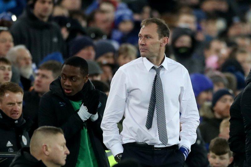 Duncan Ferguson tetap memimpin Everton saat hadapi Arsenal