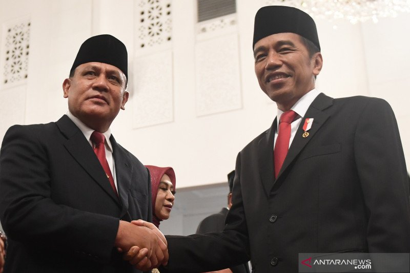 Pelantikan pimpinan dan dewas KPK